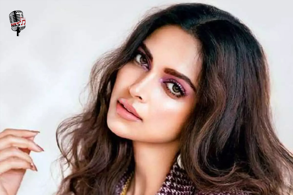 Deepika Padukone Will Be Co-Produce And Play Lead Role In Cross-Cultural Romantic Comedy